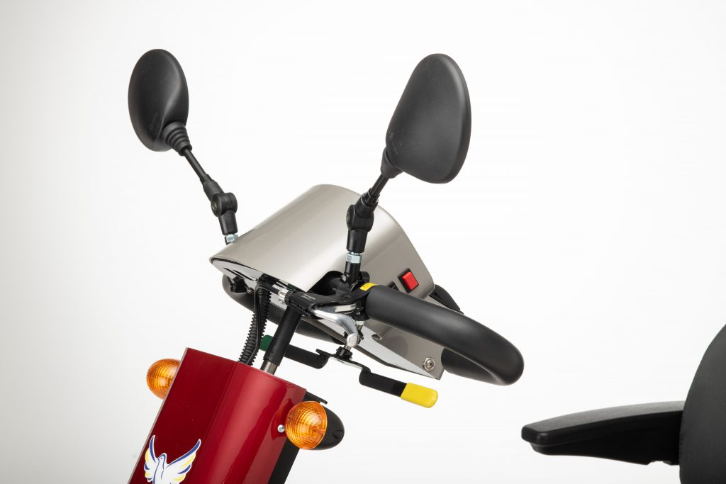 Image shows close up of the front of the saxon mobility scooter tiller and mirrors, including indicators and thee Horizon mobility logo